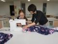 云雀丘学园高等学校留学生学习做和服 (8)