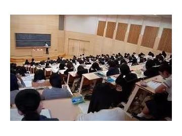 日本文部科学省建议 重新制定明年考大学的日期和出题范围