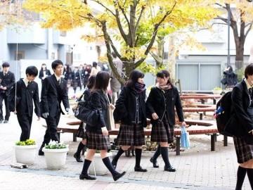 日本高中生一天的课程安排